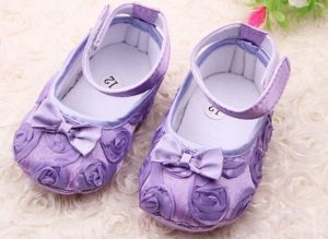 Chaussures bébé reborn réaliste