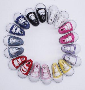 chaussres poupées